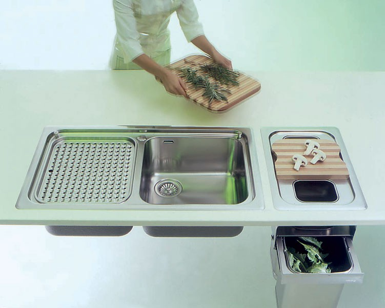 Edelstahl Einbauspüle mit Abfalltrennsystem