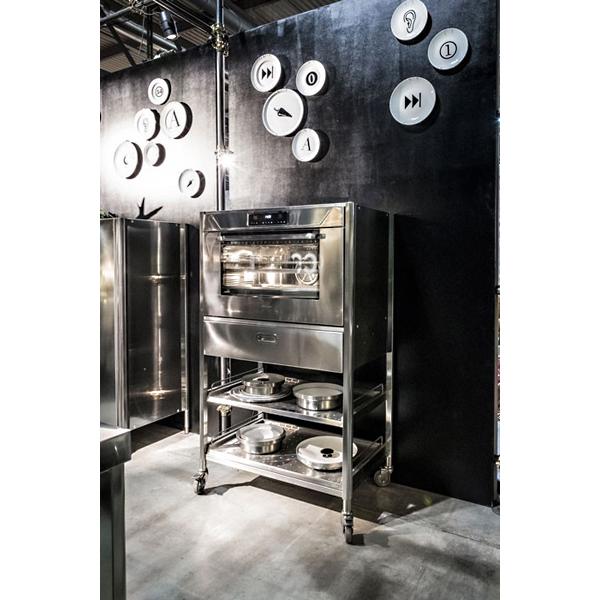 Elektrischer Einbau-Backofen, 90 cm breit, mit Edelstahl-Garraum, Kapazität 104 Liter