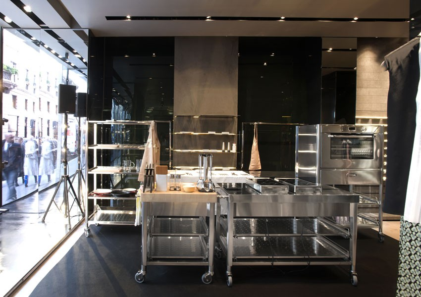 Edelstahlküche 130 cm Induktions-Klapp-Kochfelder