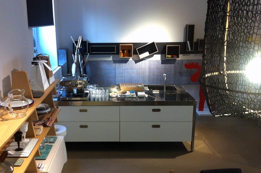 Edelstahlküche kombiniert 250 cm breit