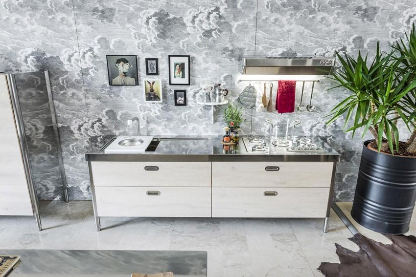 Küche aus Holz Spülen, Kochen, Aufbewahren, Kühlschrank, Weinkeller