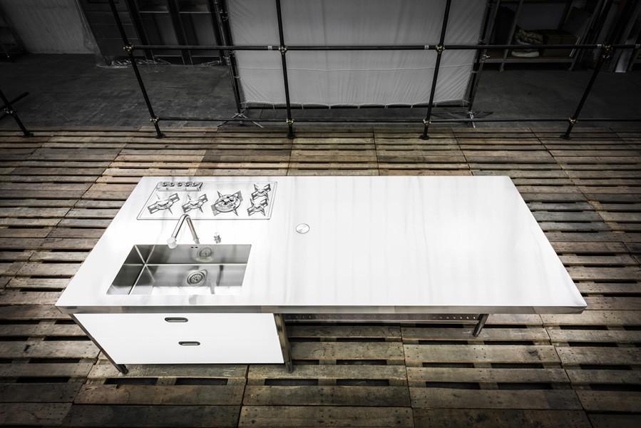 Edelstahlküche 125 x 310 cm