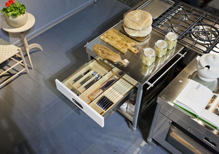 Küchenwagen 70 cm Edelstahl-Arbeitsplatte