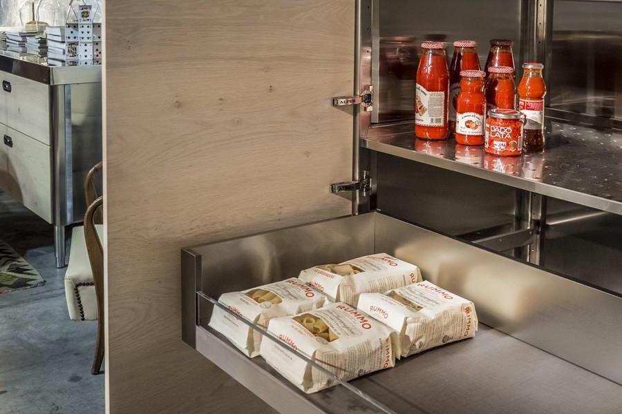 Edelstahl-Hochschrank 128 cm mit Holztüren