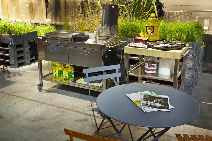 Outdoor Küche Mit Friteuse : Outdoor küche auf rädern mit plancha und fritteuse