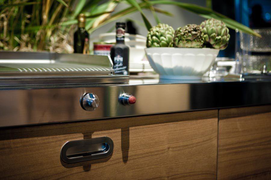 Edelstahl-Outdoor-Küche Holzschubladen 190 cm