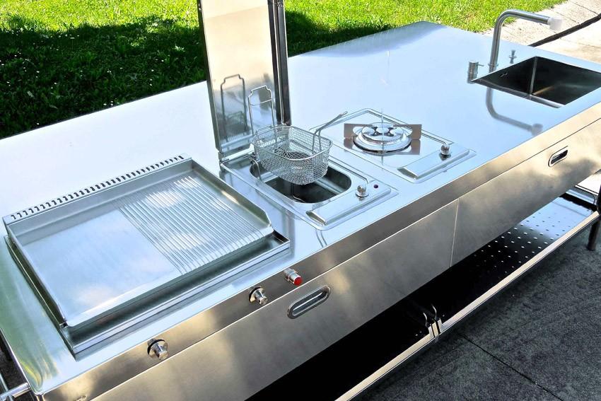 Edelstahl-Outdoor-Küche 250 cm