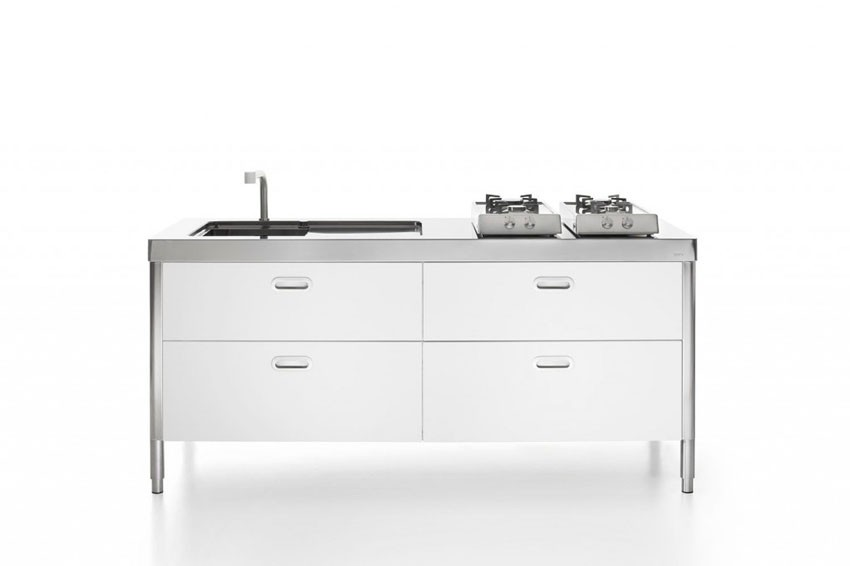 Küchenelemente in weiß zum Spülen, Kochen, Aufbewahren